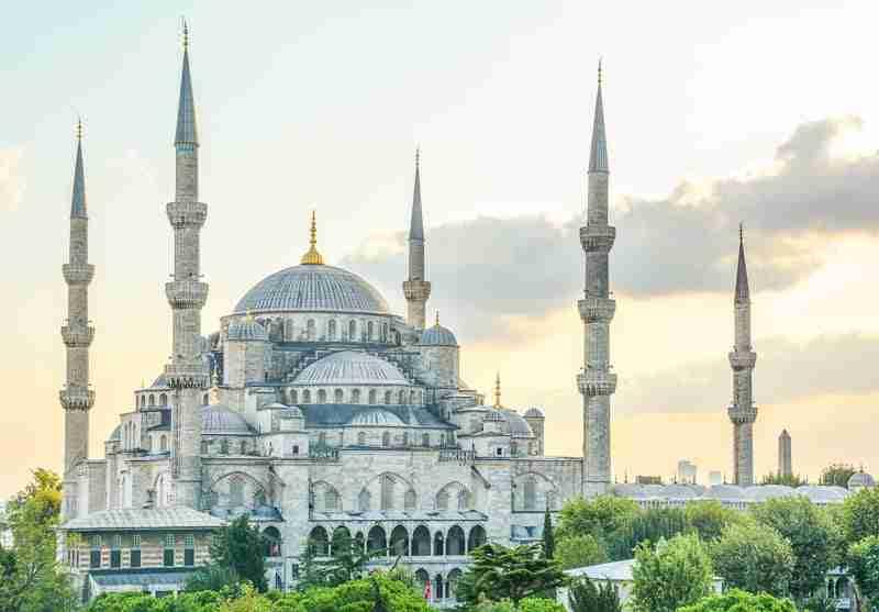 Consejos útiles para visitar una mezquita en Estambul